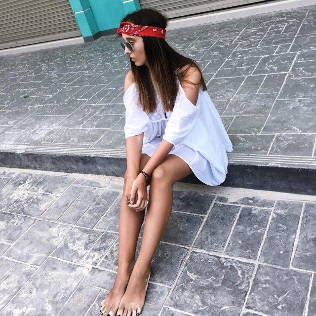 H O L A  casual summer mood whitedress fashionhellip