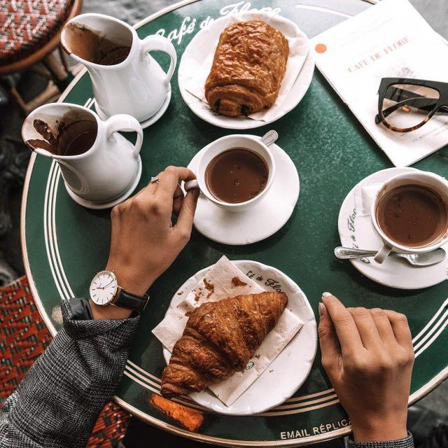 Croissant mornings tb paris merryclusemas  Najlepsza gorca czekolada whellip